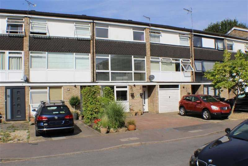 4 Bedrooms Terraced House for sale in St Johns Court, St Albans, Hertfordshire