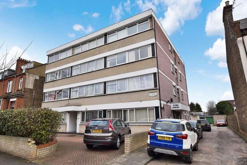1 Bedroom Apartment Flat for sale in Cambridge Road, Wanstead