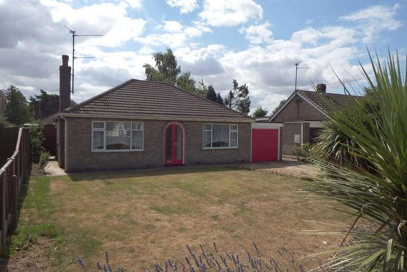 2 Bedrooms Detached Bungalow for sale in Middle Road, Whaplode, PE12