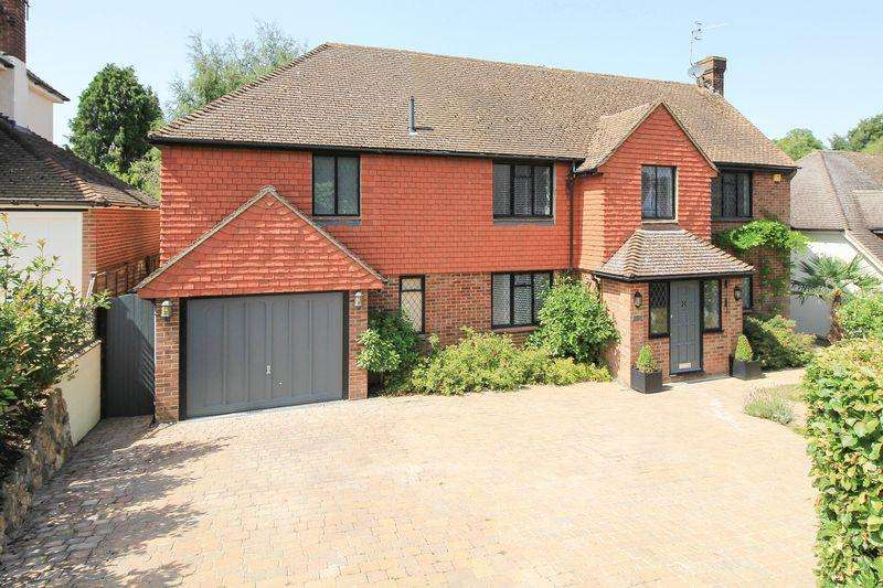 6 Bedrooms Detached House for sale in Connaught Way, Tunbridge Wells