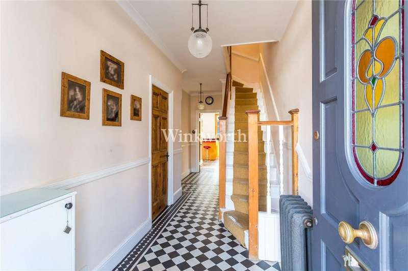 4 Bedrooms Terraced House for sale in River Avenue, London, N13