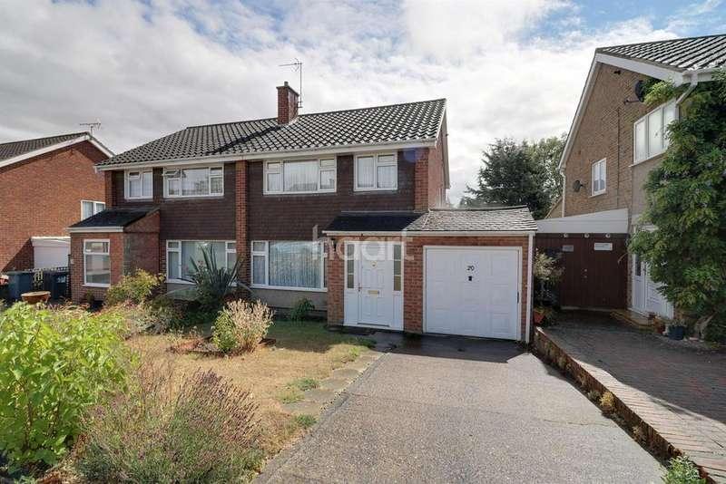 3 Bedrooms Semi Detached House for sale in Pevensey Road, Putnoe