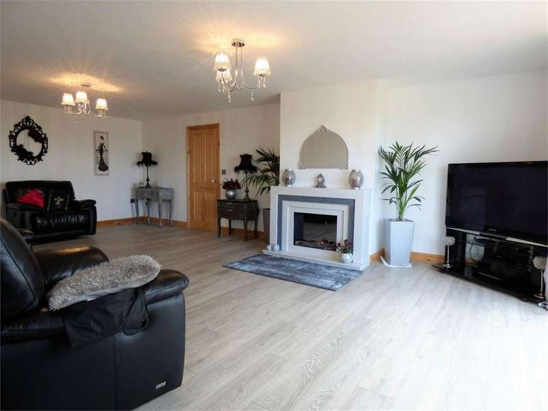 6 Bedrooms Detached House for sale in Waverley Road, Ramsgreave, Blackburn, Lancashire