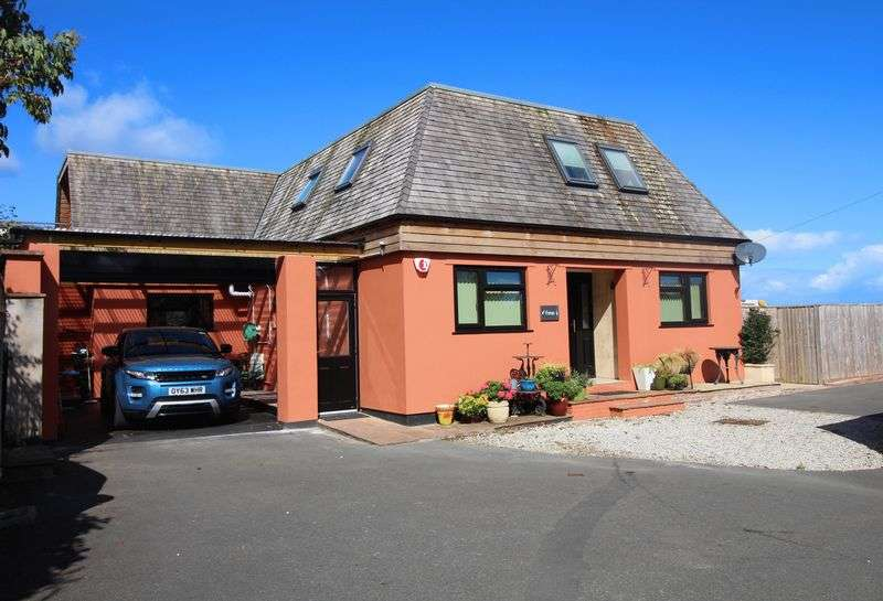 4 Bedrooms Property for sale in Champernowne Crescent, Ilfracombe