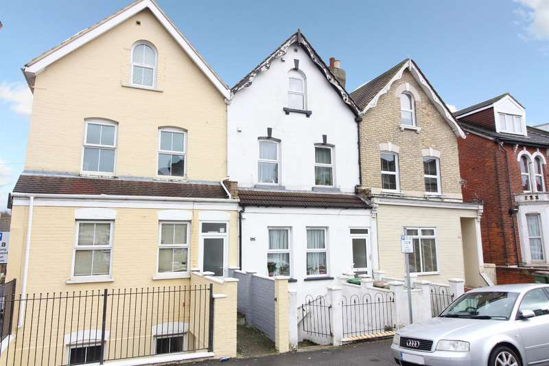 4 Bedrooms Terraced House for sale in Guidhall Street, Folkestone, Kent CT20 1EJ