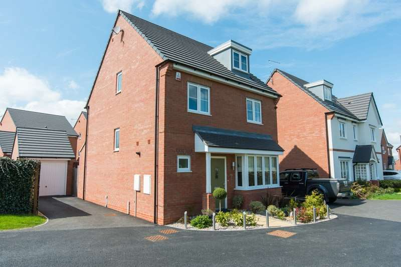 4 Bedrooms Detached House for sale in House Yard Close, Crewe, Cheshire, CW1