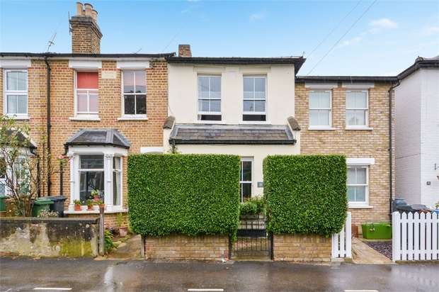 3 Bedrooms Terraced House for sale in Beulah Road, Walthamstow, London