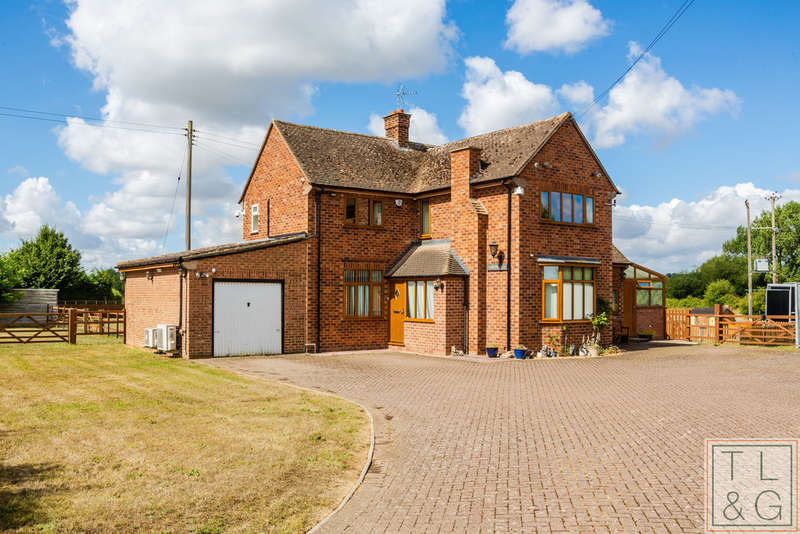 4 Bedrooms Detached House for sale in Longdon Hill, Wickhamford