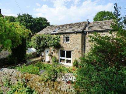3 Bedrooms Detached House for sale in Bank Vale Road, Hayfield, High Peak, Derbyshire