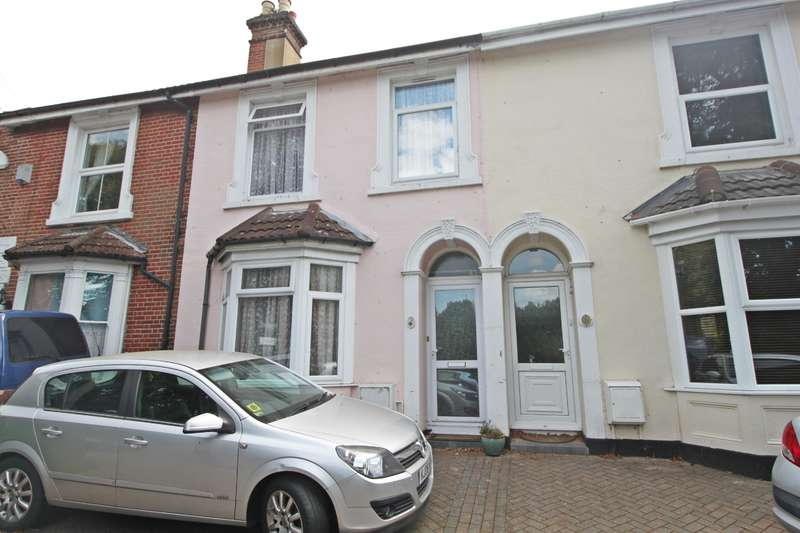 3 Bedrooms Terraced House for sale in Peartree Road, Bitterne, Southampton, SO19 7GU