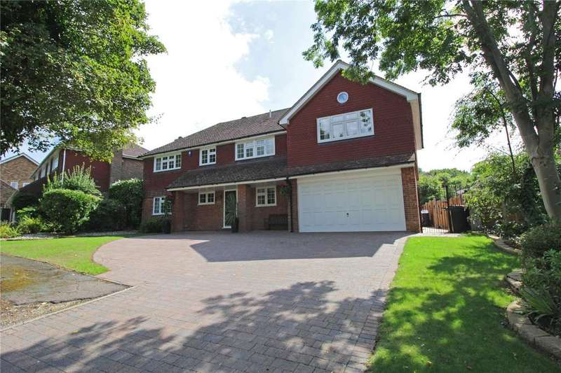 5 Bedrooms Detached House for sale in Ross Way, Langdon Hills, Essex, SS16