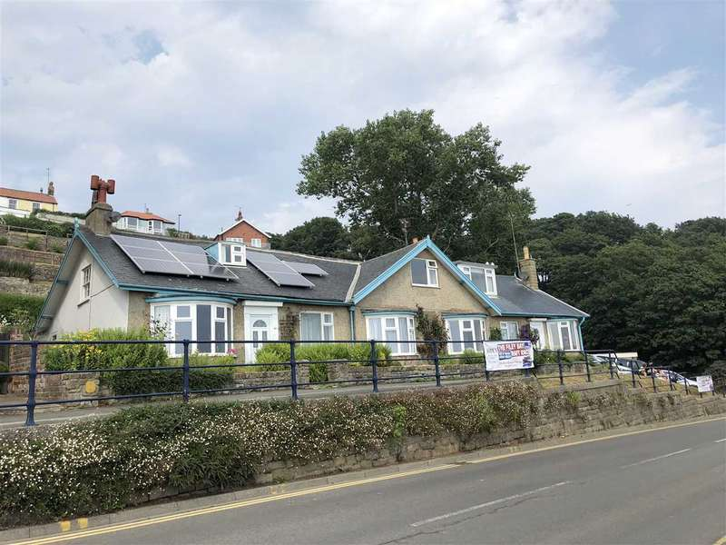 4 Bedrooms Bungalow for sale in The Beach, Filey