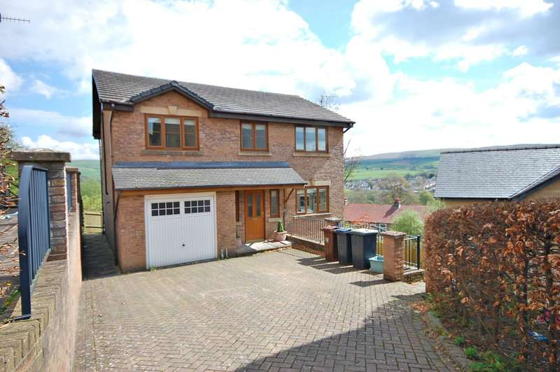 4 Bedrooms Detached House for sale in Heather Falls, New Mills, SK22