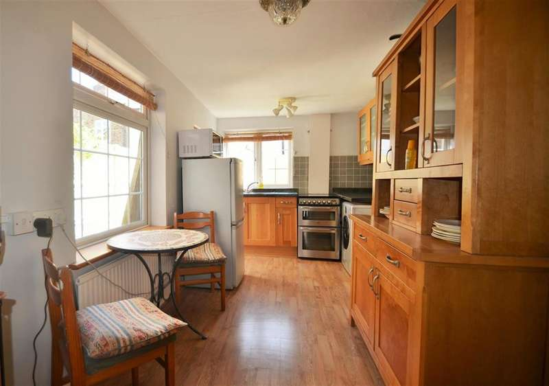 3 Bedrooms Terraced House for sale in Coningsby Road, Ealing, W5
