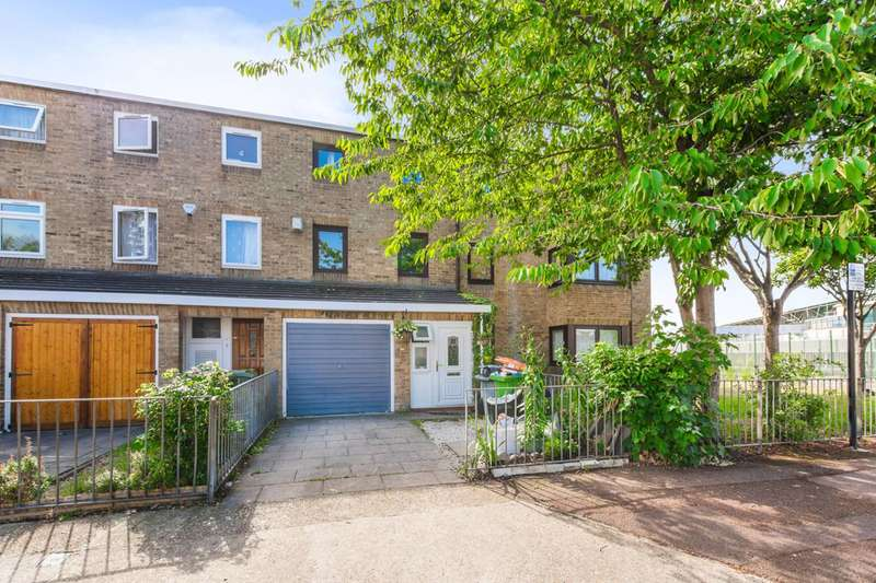 3 Bedrooms House for sale in Asland Road, Stratford, E15