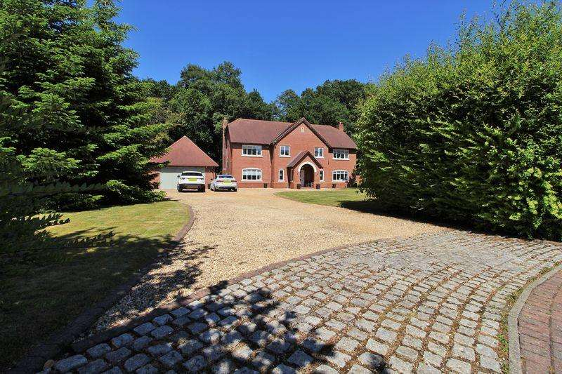 5 Bedrooms Detached House for sale in Springwood Drive, Rufford, Ormskirk