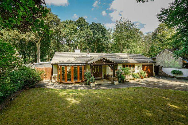 3 Bedrooms Detached House for sale in Oldhill Wood, Studham