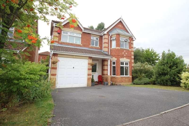 4 Bedrooms Detached House for sale in Gosside Grove, Normanton, WF6