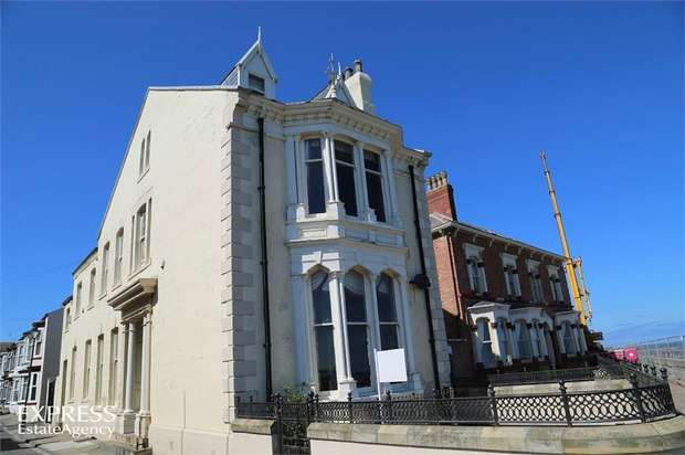 4 Bedrooms Detached House for sale in Catherine Street, Hartlepool, Durham