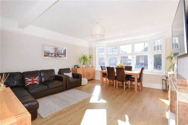 3 Bedrooms Apartment Flat for sale in Broad Street, Wokingham, Berkshire