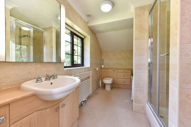 4 Bedrooms Detached House for sale in Charlton Lane, Charlton, Shaftesbury