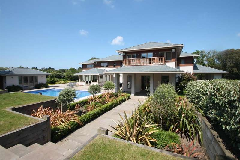 6 Bedrooms Detached House for sale in St Brelade