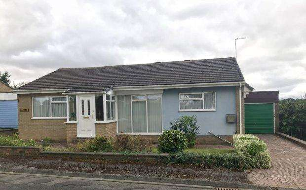 3 Bedrooms Detached Bungalow for sale in WESTSIDE, TUDHOE VILLAGE, DURHAM CITY : VILLAGES EAST OF