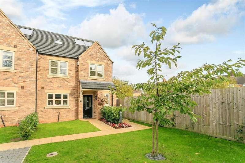 4 Bedrooms Semi Detached House for sale in Jubilee Gardens, Leamington Spa, Warwickshire