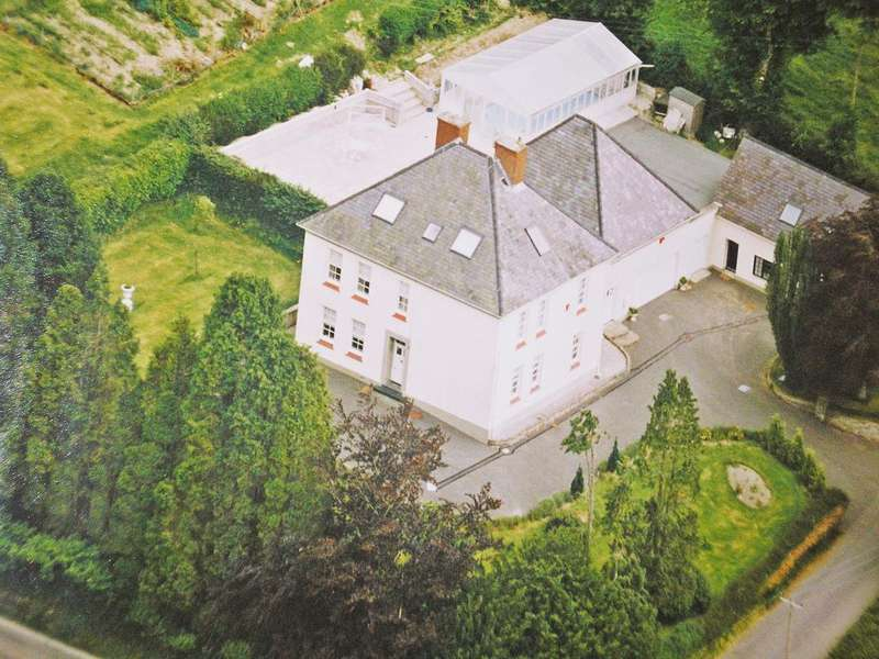 8 Bedrooms House for sale in Trewithian House, Pontarsais, Carmarthen, Dyfed SA32