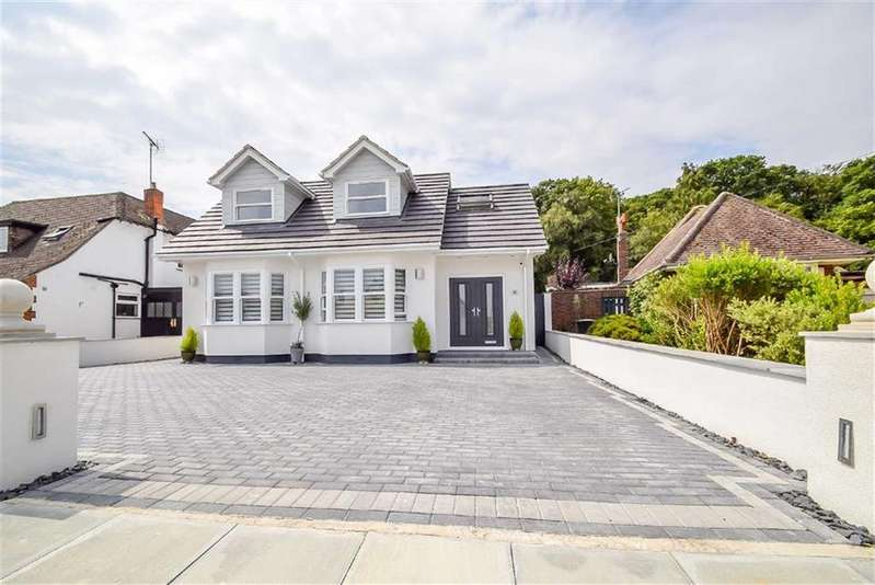 5 Bedrooms Chalet House for sale in Woodside, Leigh-on-sea, Essex