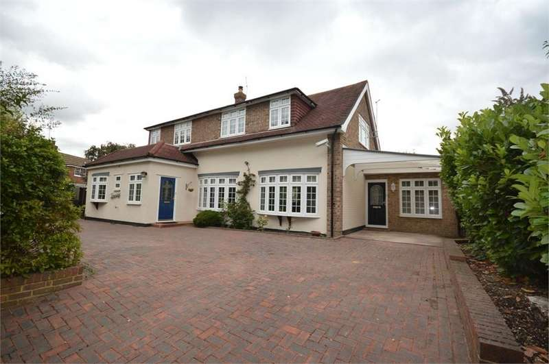 5 Bedrooms Detached House for sale in New Barn Road, New Barn