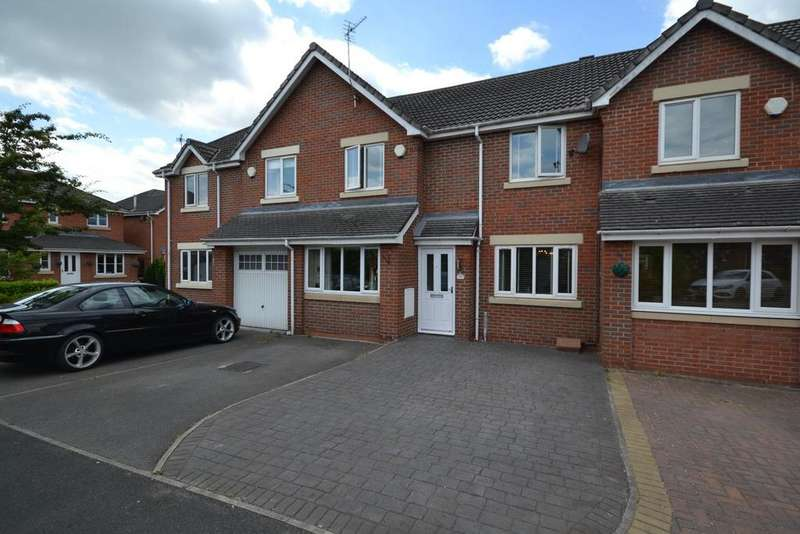 3 Bedrooms Town House for sale in Fairford Close, Great Sankey, Warrington