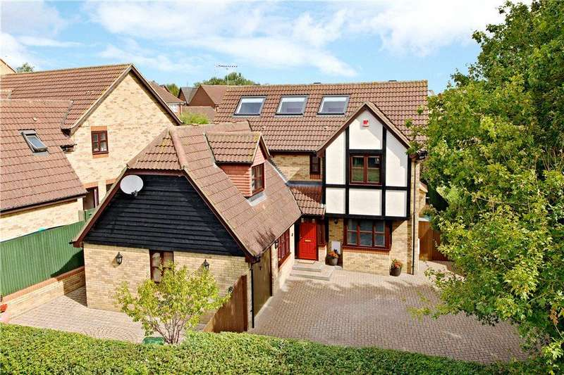 5 Bedrooms Detached House for sale in Hartland Avenue, Tattenhoe, Milton Keynes, Buckinghamshire