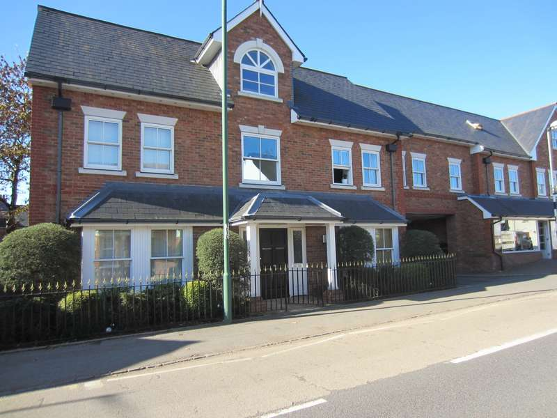 2 Bedrooms Flat for sale in South Ascot