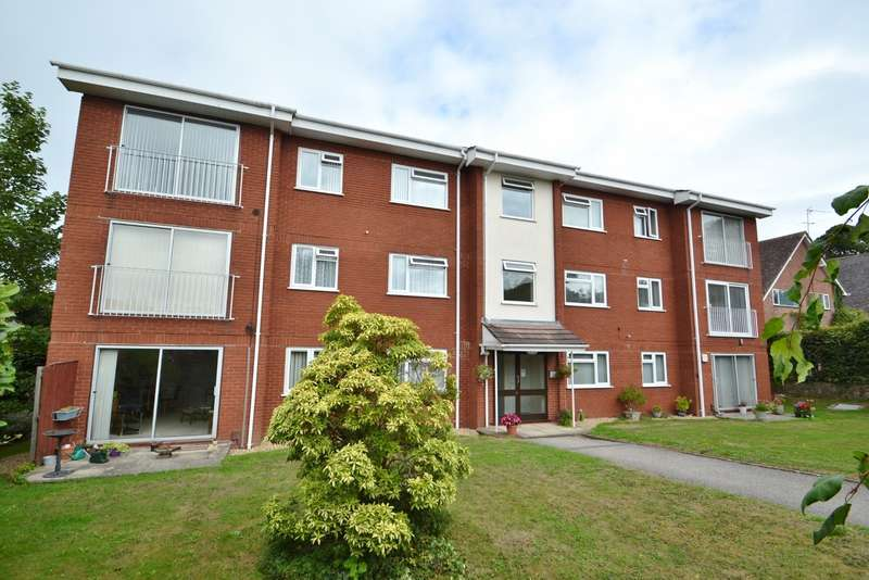 2 Bedrooms Flat for sale in Broadstone