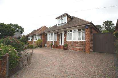4 Bedrooms Bungalow for sale in Southampton, Hampshire, .