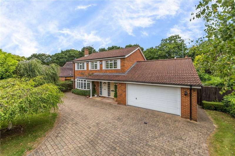 4 Bedrooms Detached House for sale in Oakway, Studham, Dunstable, Bedfordshire