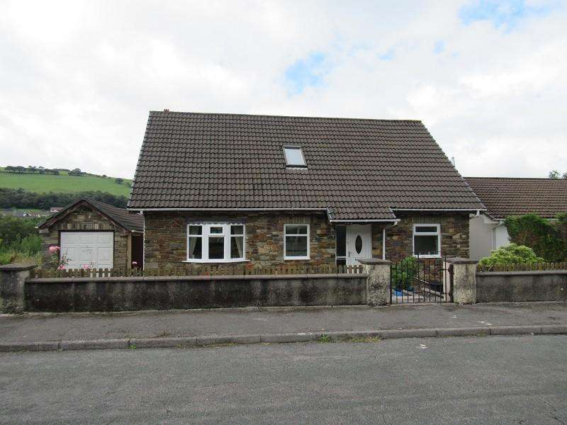 3 Bedrooms Detached Bungalow for sale in Mill View Estate, , Garth, Mid Glamorgan. CF34 0DP
