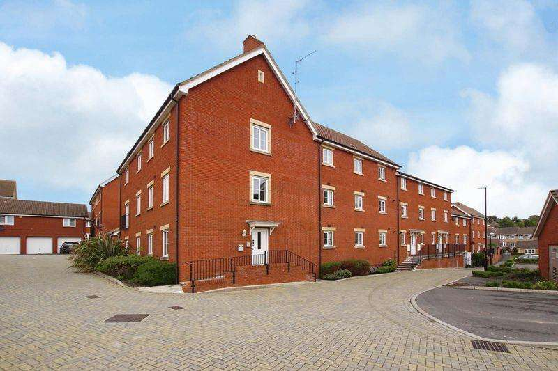 2 Bedrooms Apartment Flat for sale in Snowberry Walk, St George, Bristol, BS5 7DG