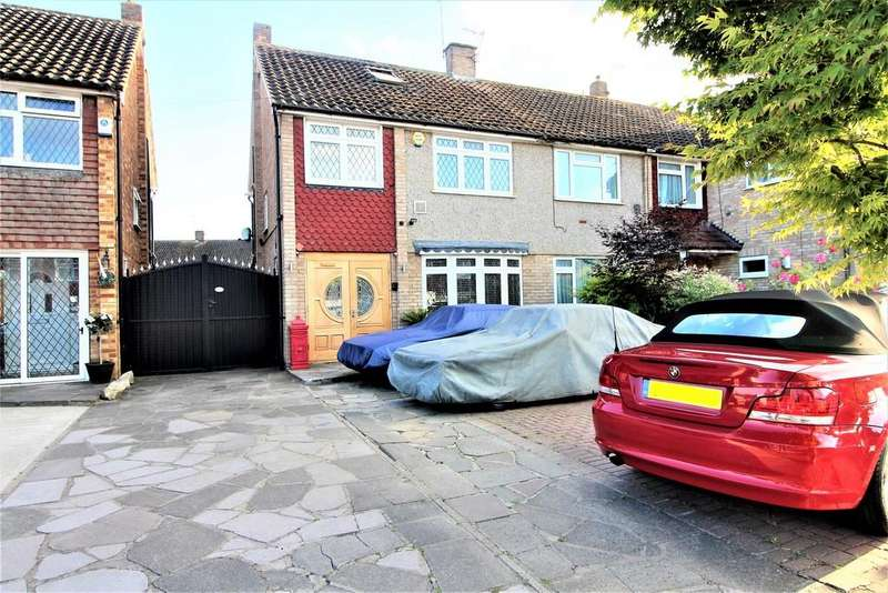 4 Bedrooms Semi Detached House for sale in Coleridge Crescent, Colnbrook
