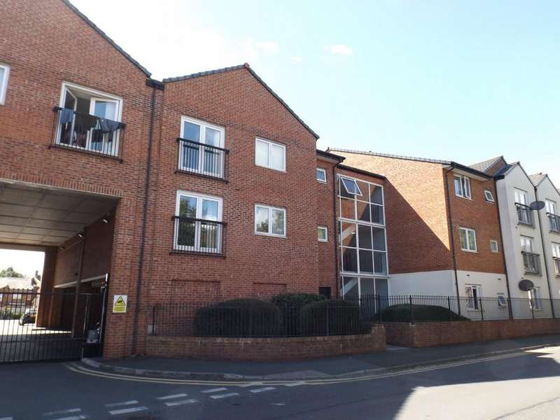 2 Bedrooms Apartment Flat for sale in St. Marys Street, Crewe