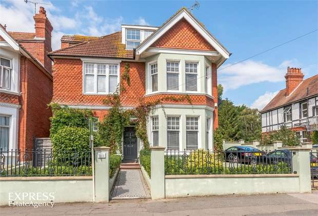 7 Bedrooms Detached House for sale in Dorset Road, Bexhill-on-Sea, East Sussex