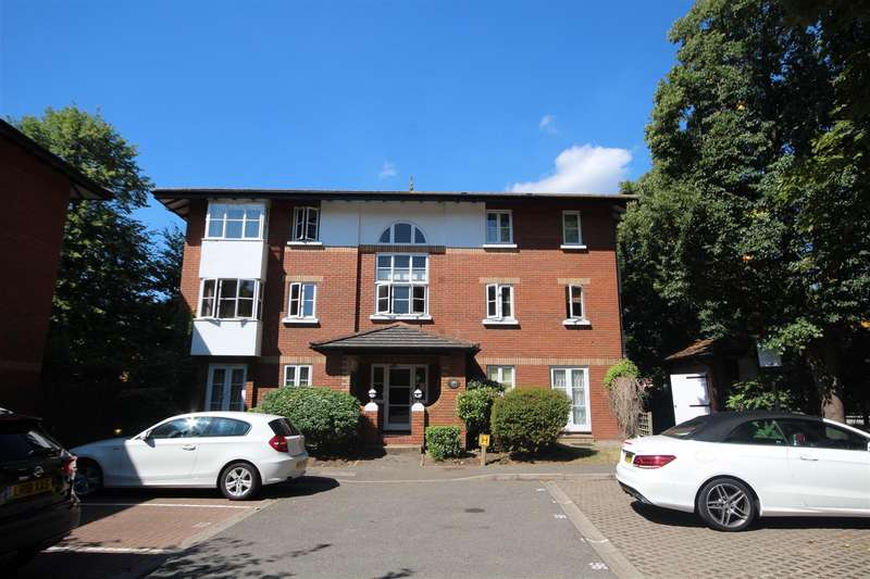 1 Bedroom Flat for sale in East Acton Lane