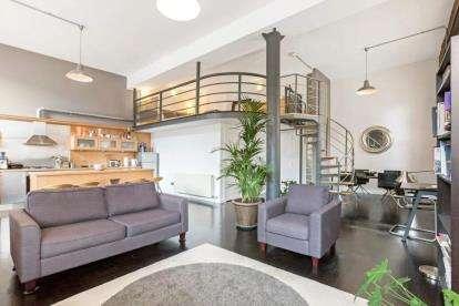 2 Bedrooms Flat for sale in Walls Street, Merchant City, Glasgow