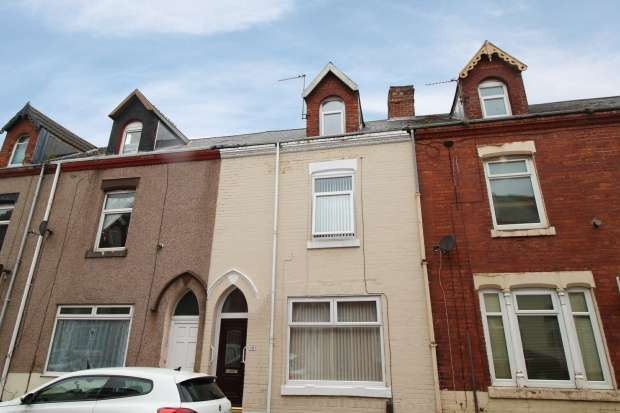 4 Bedrooms Terraced House for sale in Kilwick Street, Hartlepool, Cleveland, TS24 7QG