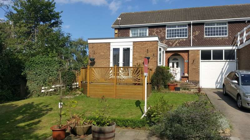 3 Bedrooms Link Detached House for sale in Rectory Green, West Boldon, Tyne and Wear, NE36