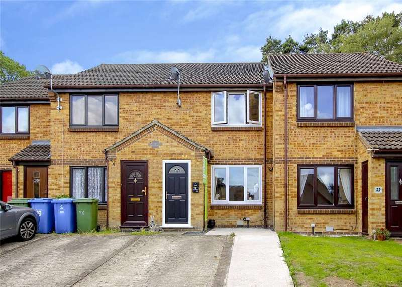 2 Bedrooms Terraced House for sale in Westcombe Close, Forest Park, Bracknell, Berkshire, RG12