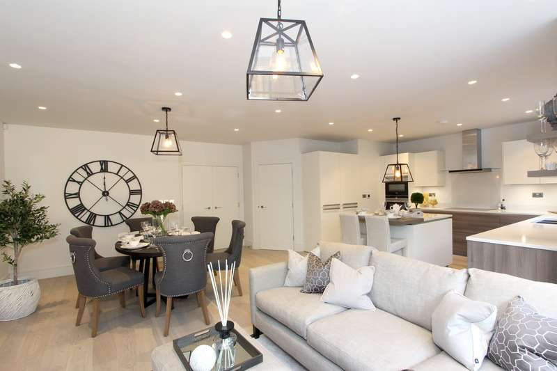 4 Bedrooms House for sale in Cavendish Place, South Park View, Gerrards Cross, SL9