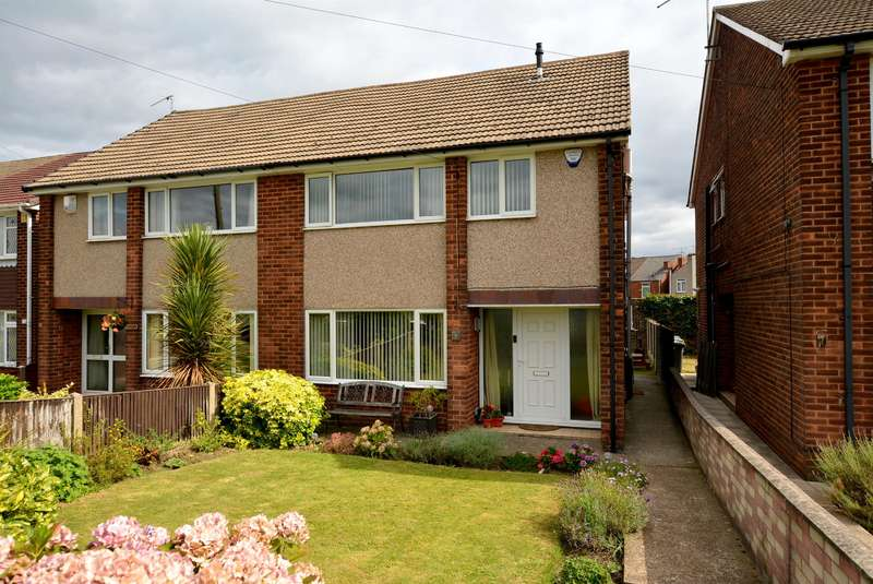 4 Bedrooms Semi Detached House for sale in Langer Field Avenue, Off Langer Lane, Chesterfield, S40 2JF