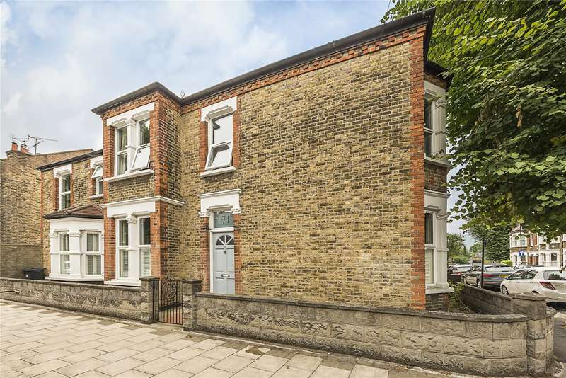 3 Bedrooms Mews House for sale in Cranbrook Road, London, W4